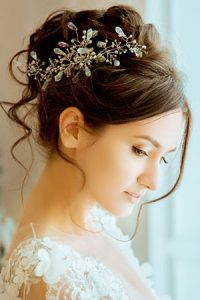 sophisticated wedding hair ideas, zappas hair salons, berkshire and hampshire