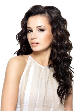 wavy prom hairstyle