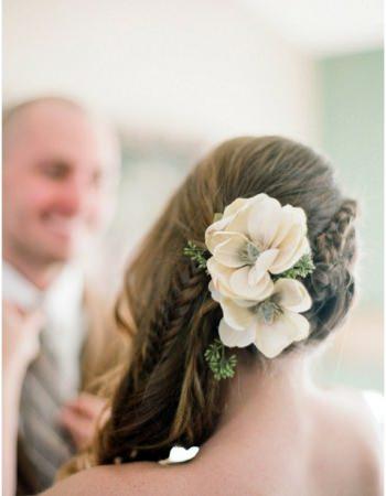 wedding-hair-retro-braids-floral