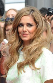 bouncy-curls-for-cheryl-cole