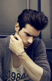 pompadour-haircut-for-men
