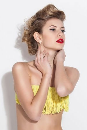 Easy Beach Hairstyles from Zappas Hair Salons berkshire & hampshire