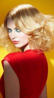 blonde-hair-flicks