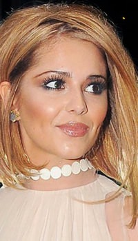 cheryl-cole-hair-the-asymmetric-bob-53fe9d4c23aaf