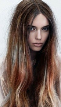 long-ombre-wavey-hairstyle