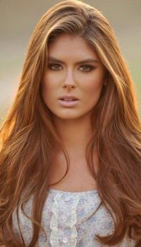 long-sideparting-flowing-hairstyle